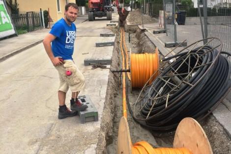 LWL Verlegung mit Wasserleitung Mai 2015 Photo WW-Lienz Schupfer Karl (2)